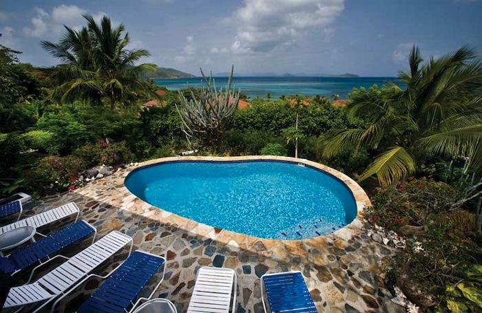 Pool view to the ocean from Del Sole villa!
