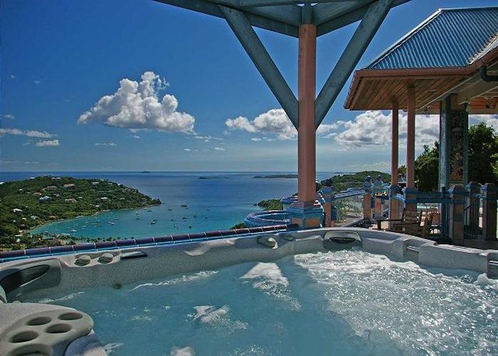 Endless views from the hot tub at Sapphire Breeze villa!