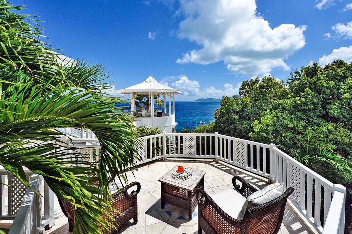 Overlook gazebo with amazing ocean views