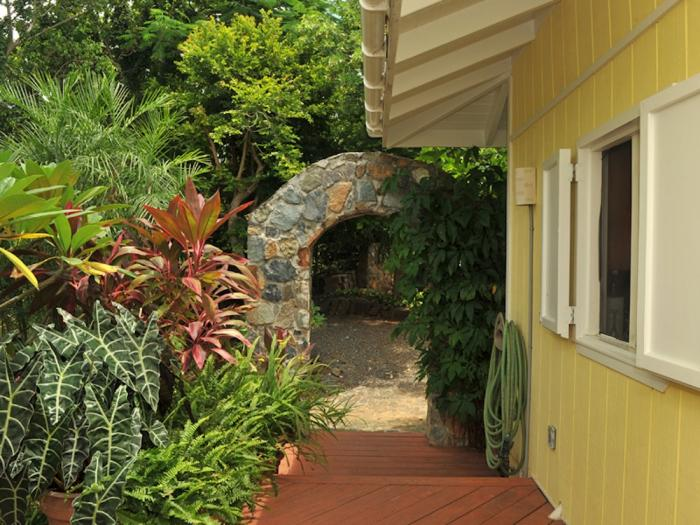 Seagrass cottage st john villa rental for Seagrass for landscaping