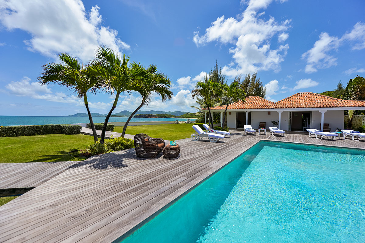 Beautiful pool and ocean view at Casa Cervo