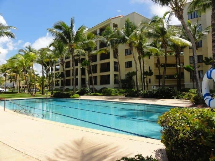 rio mar beach resort ocean villa puerto rico villa rental. Black Bedroom Furniture Sets. Home Design Ideas