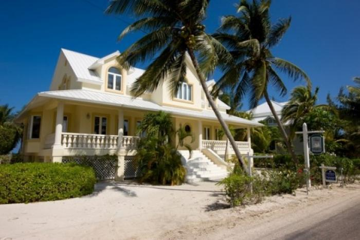 Emmanuel Villa on Cayman
