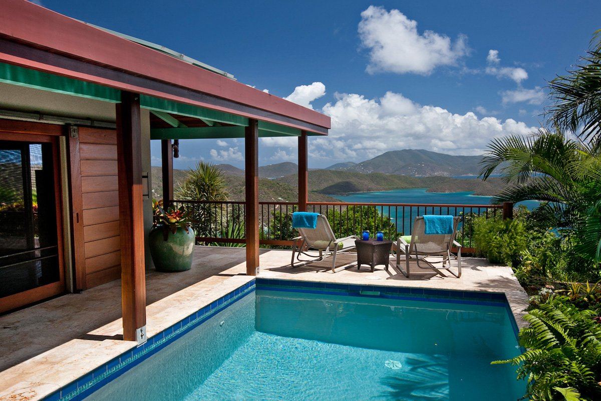 Private pool with views of the carribean