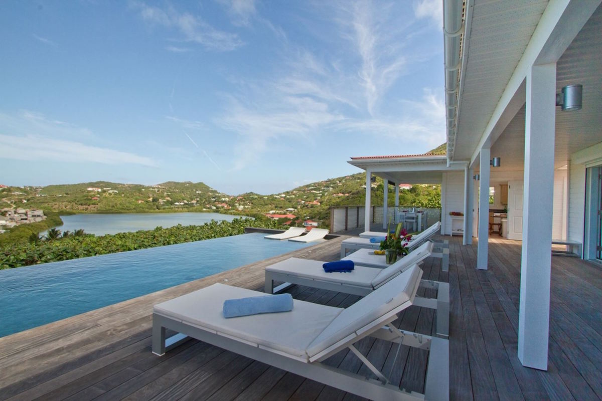 Summer Breeze on St. Barts
