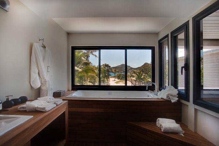 Bathroom with ocean views.