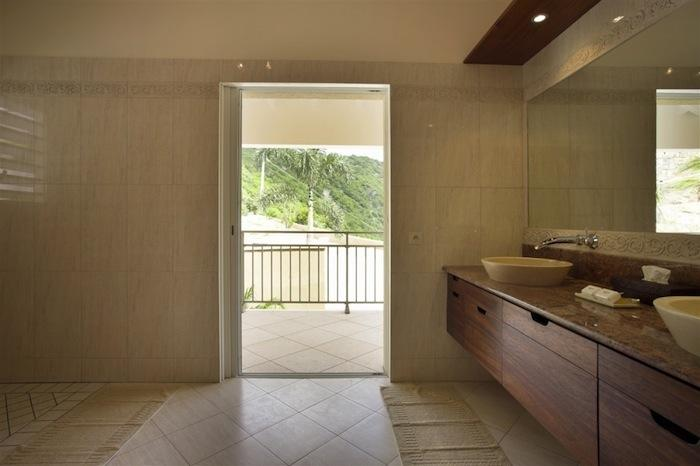 Ensuite bathroom with outdoor access.