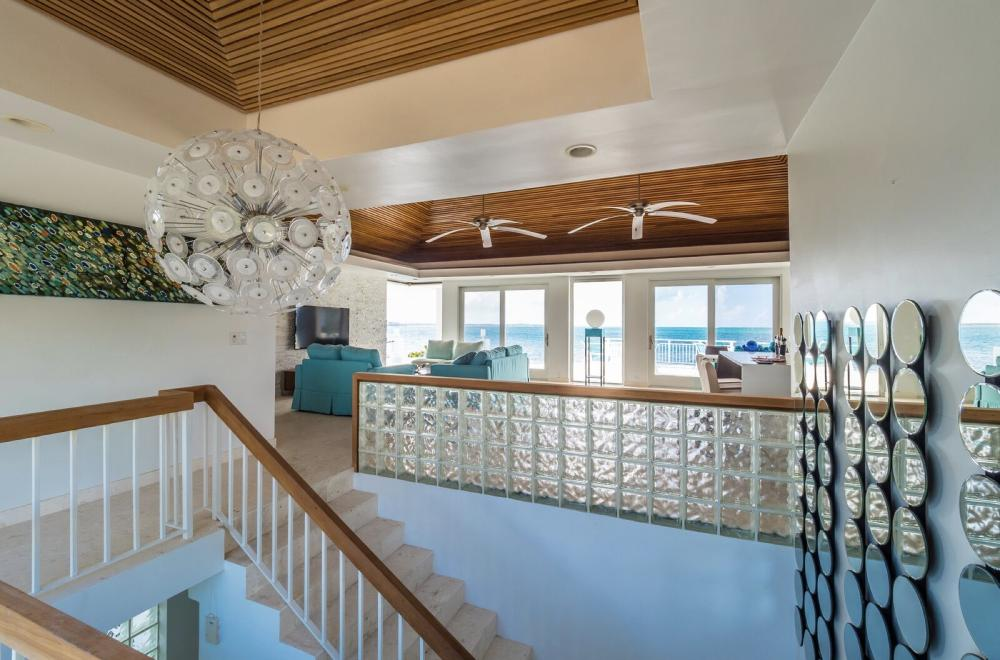 Photo of Beach Villa Oceanus, Turks and Caicos
