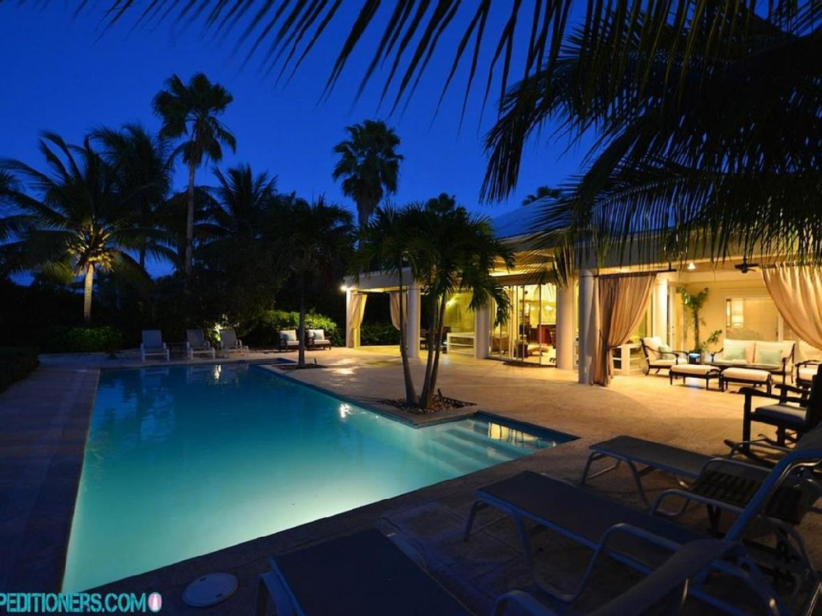 American Express 800 Number >> Villa del Sol - Turks and Caicos Villa Rental - WhereToStay