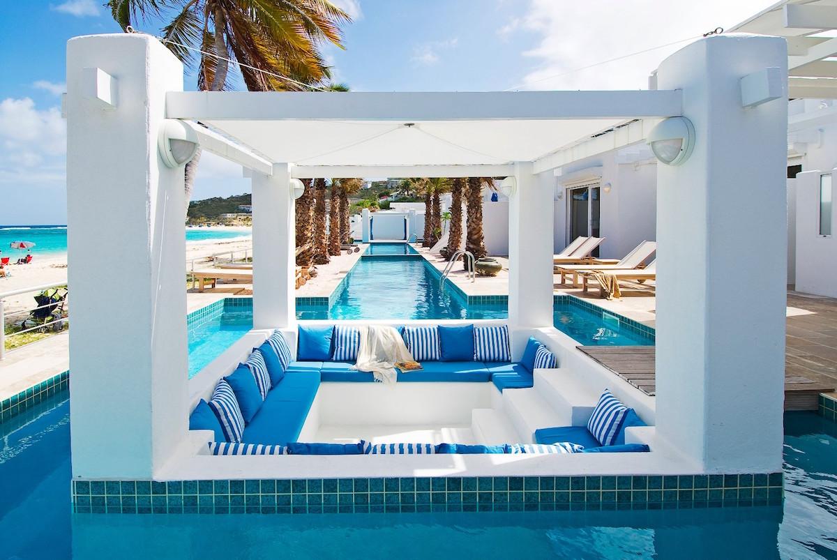Dawn Beach Club  Bedroom