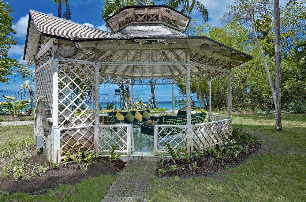 Gazebo next to ocean
