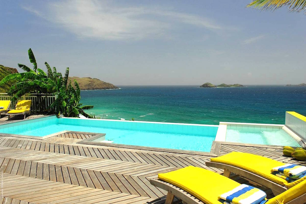 Arc en Ciel has an amazing pool and deck with views of the Caribbean