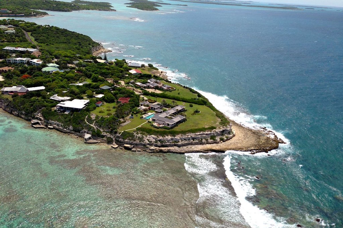 Aerial view of Drumm's Point - featuring Villa Kulala