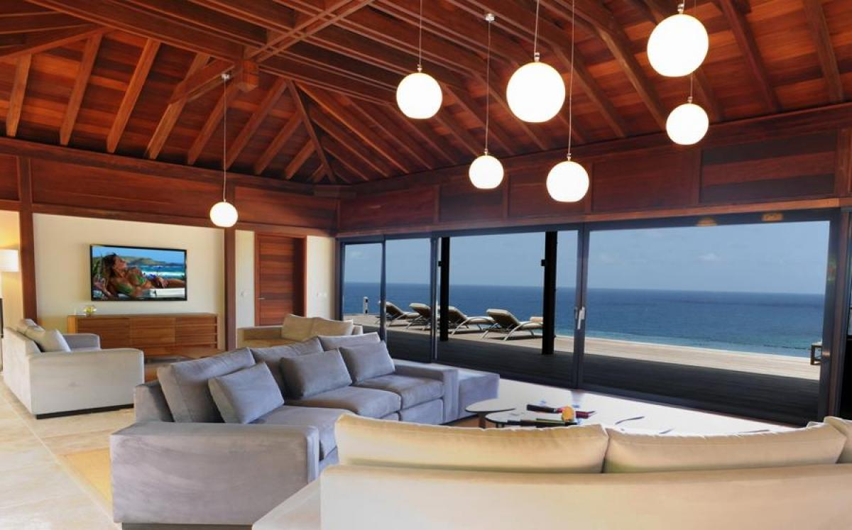From the relaxed comfort of the living area enjoy views of the ocean