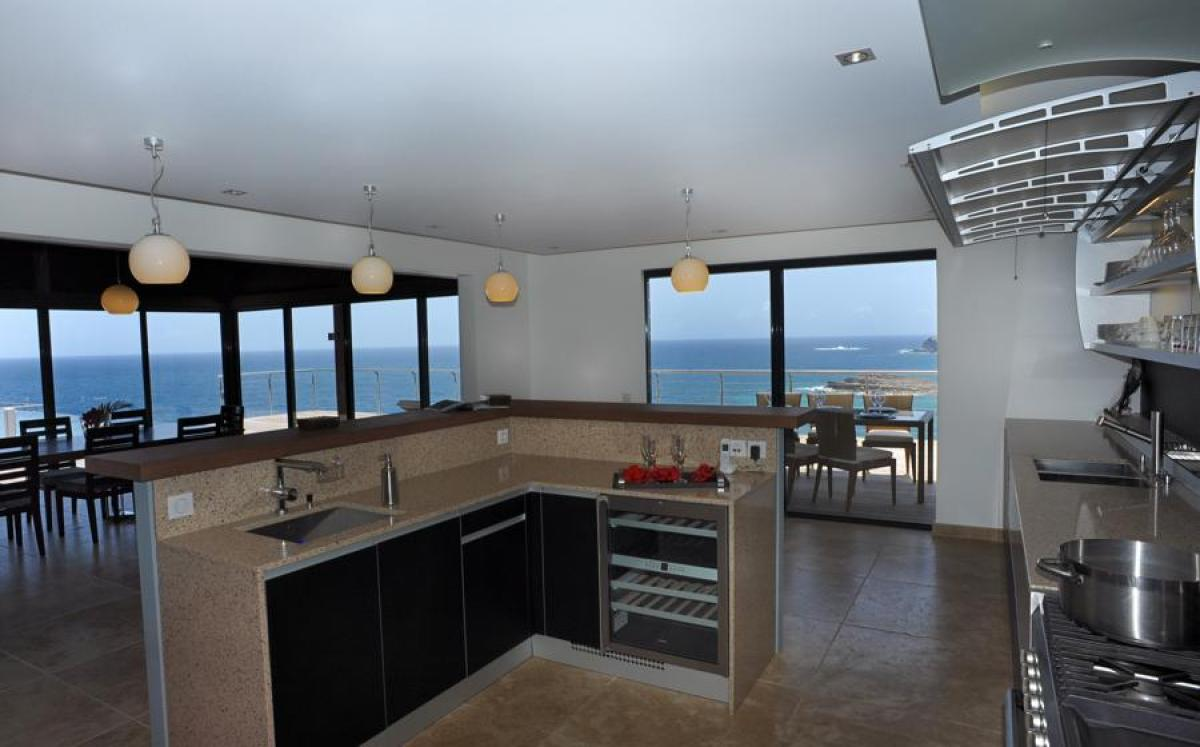 Open kitchen - ideal for preparing meals and enjoying the views of the Caribbean