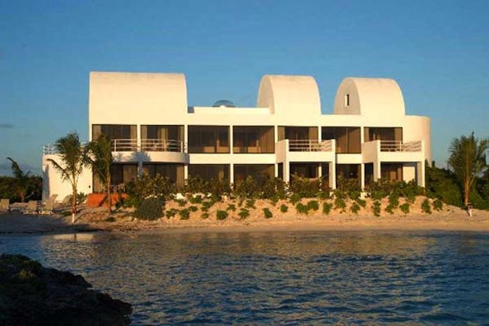 The beautiful ocean front Point villa!