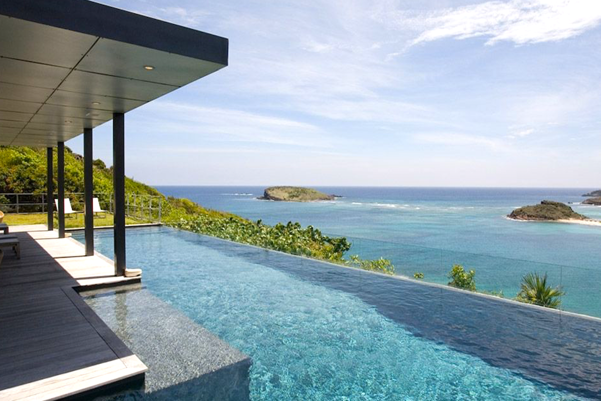 Beautiful ocean views from the pool at OM villa
