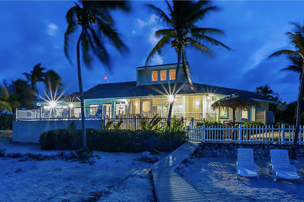 Far Tortuga Villa on Cayman