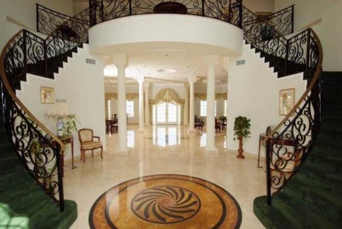 Grand Foyer Zara : Villa zara cayman rental