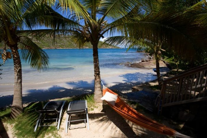 Sun loungers and even a napping hammock await your arrival!