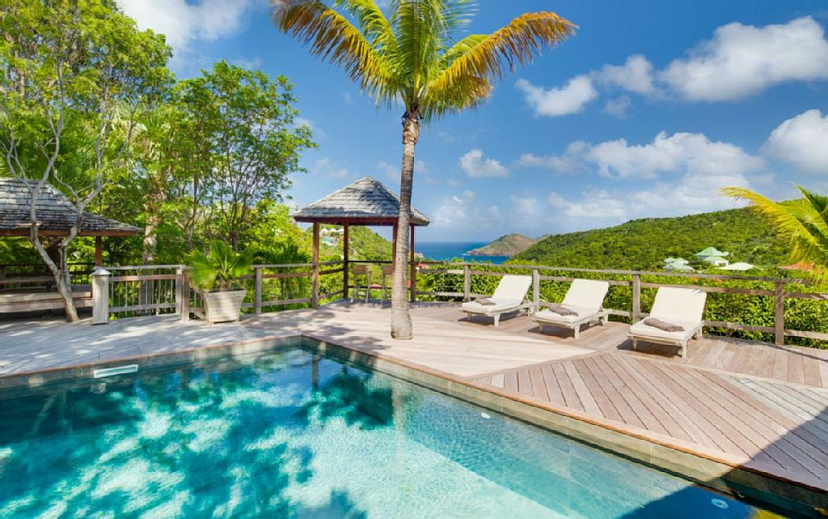 Villa Lama is surrounded by tropical beauty