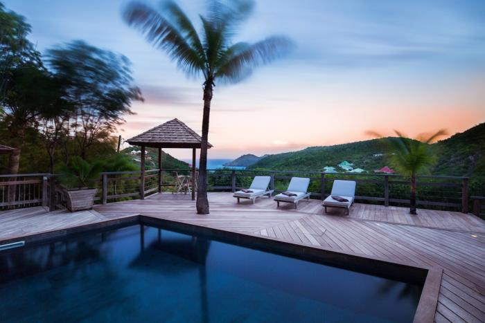 Enjoy the unforgettable sunsets from the privacy of your own pool.