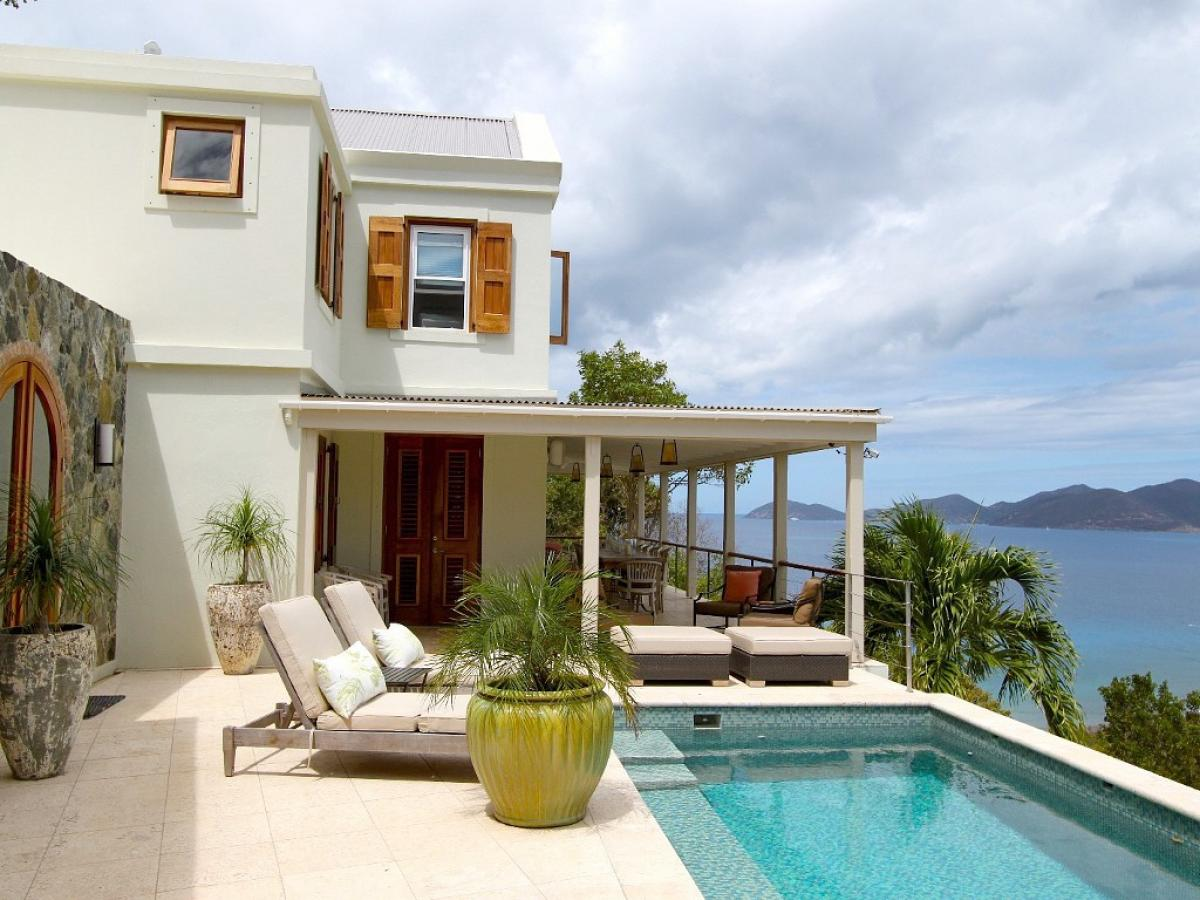 Private pool with amazing caribbean views at Cohoba House Villa