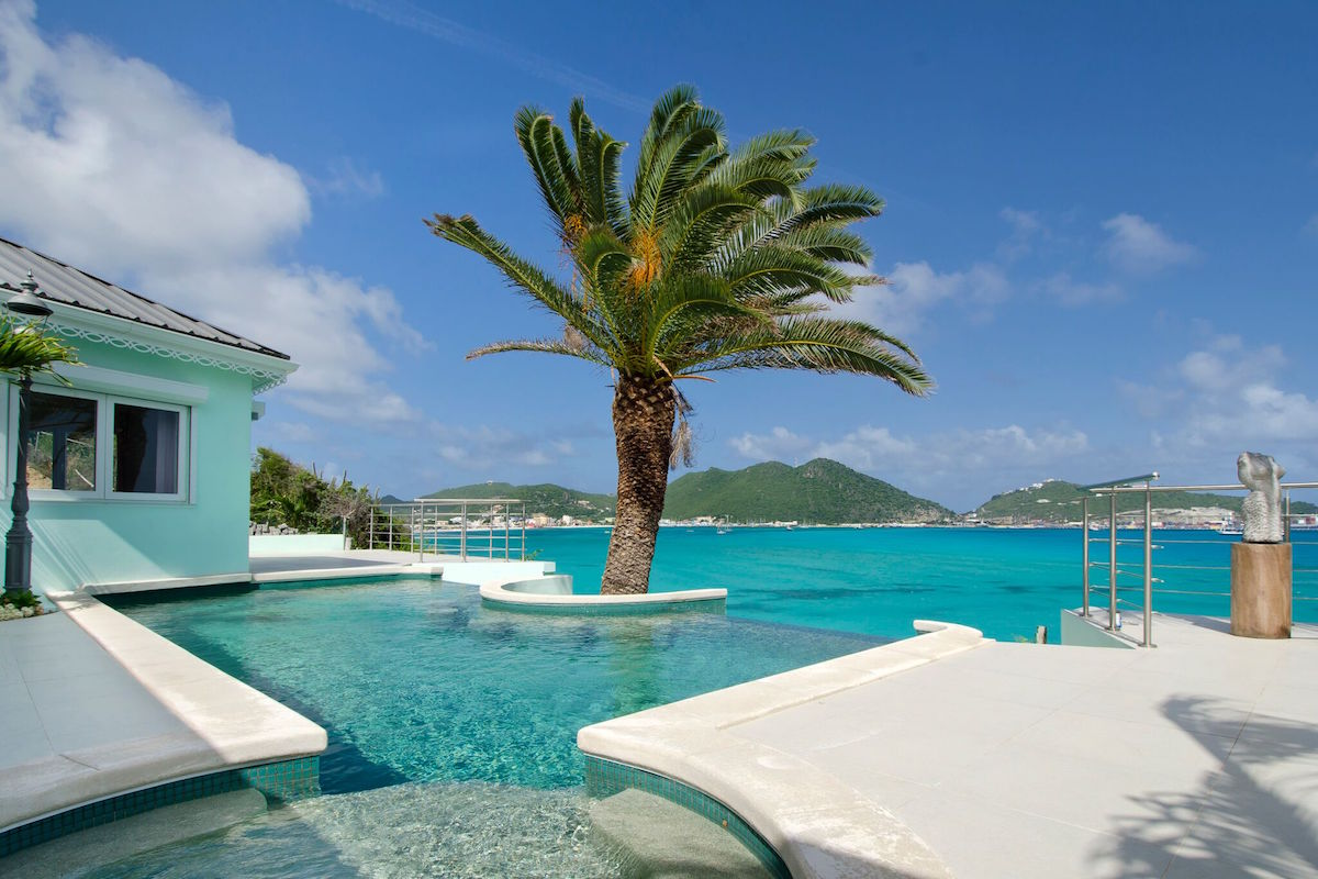 Gorgeous views of the Caribbean from the pool at El Sueno