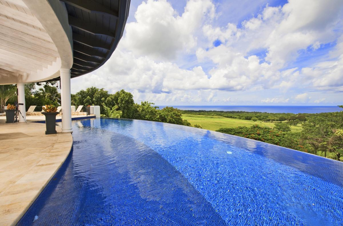 Stunning views from the infinity edged swimming pool